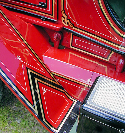Chevron painted on front fender of 1923 Maxim fire engine